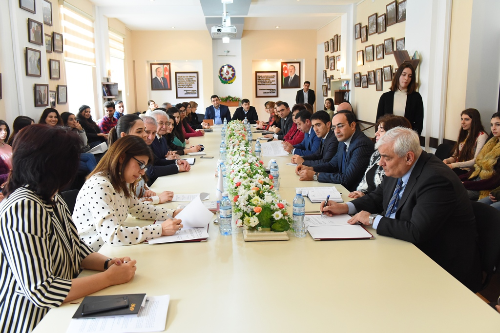 A Memorandum of Understanding was Signed between Azerbaijan University of Languages  and the Foundation of International Turkic Culture and Heritage