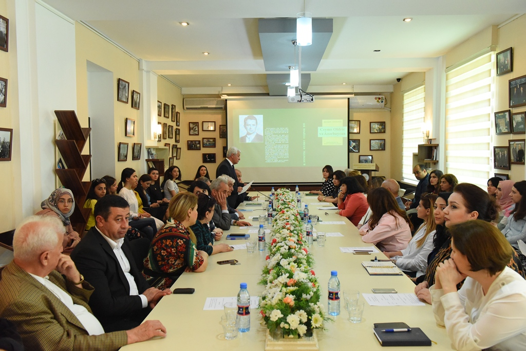 "Round Table Devoted to the Book ""James Aldridge and Azerbaijan"" Written by Şahin Xəlilli"